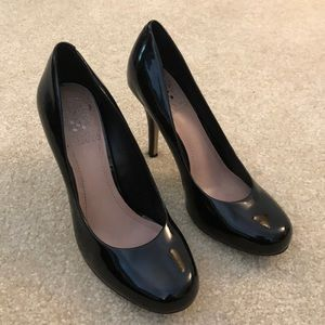 """Vince Camuto Black patent leather 3"""" heels"""